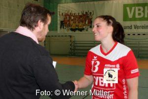 2016-05-21 SC_HY_Gauditurnier SC Hoyerswerda I in rot  SC Hoyersweda II in blau  Konfettimafiain grün  Handballfrauen in schwarz   Foto:Werner Müller